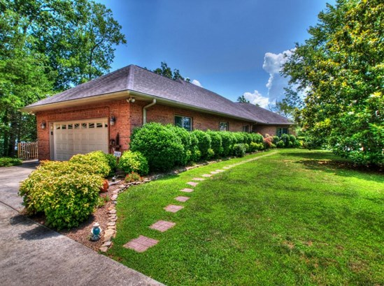 Basement Ranch,Residential, Traditional - Rockwood, TN (photo 1)