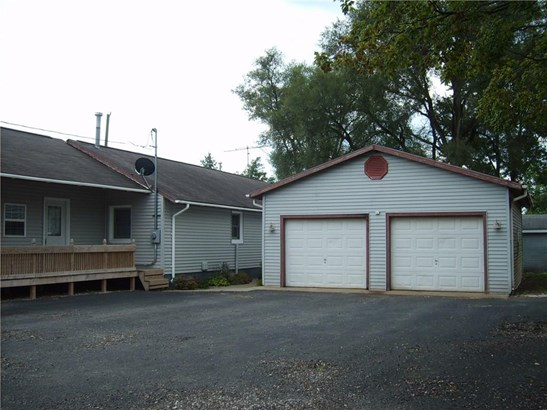 1334 South Street, Hope, IN - USA (photo 3)