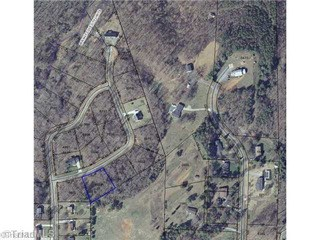 Lot 16 Dodson, Walnut Cove, NC - USA (photo 1)