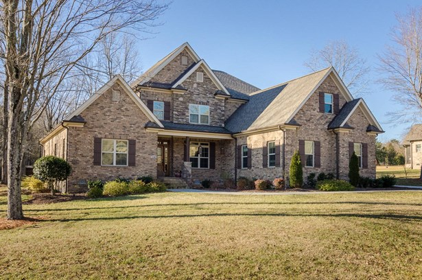 7505 Hearthridge Court, Oak Ridge, NC - USA (photo 1)