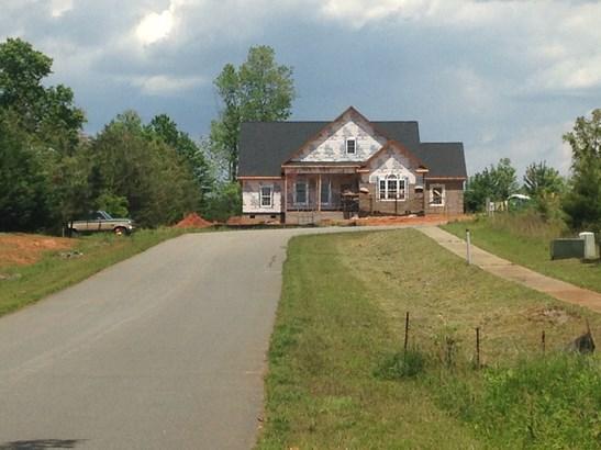 136 Nellwood Court, Mocksville, NC - USA (photo 3)