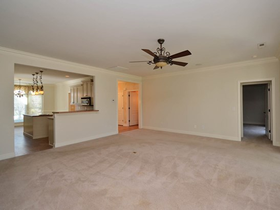 4102 Pennfield Way, High Point, NC - USA (photo 5)
