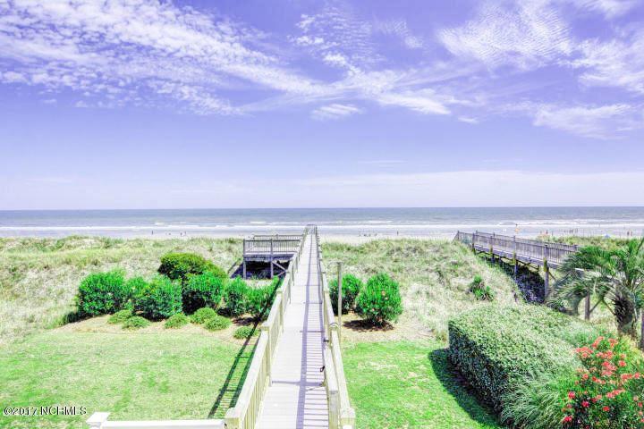 377 W First Street , Ocean Isle Beach, NC - USA (photo 3)