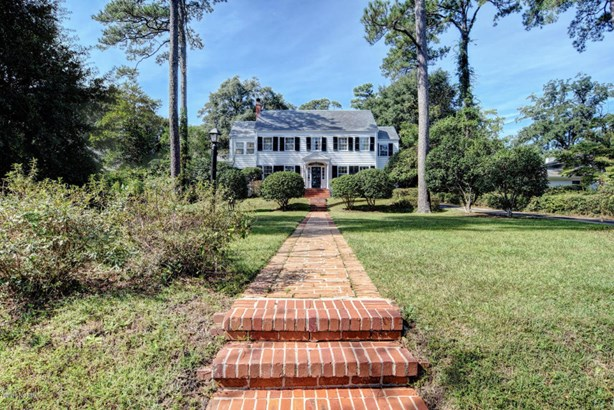 206 Forest Hills Drive , Wilmington, NC - USA (photo 2)