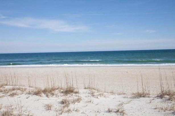 217 S Lumina Avenue , Wrightsville Beach, NC - USA (photo 2)