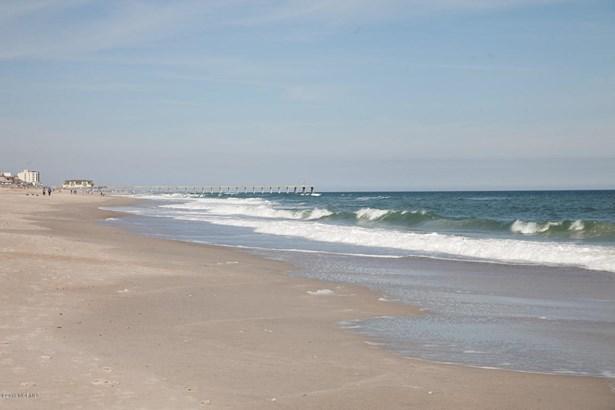 217 S Lumina Avenue , Wrightsville Beach, NC - USA (photo 4)
