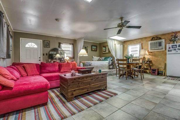1272  Rotherman , Canyon Lake, TX - USA (photo 5)