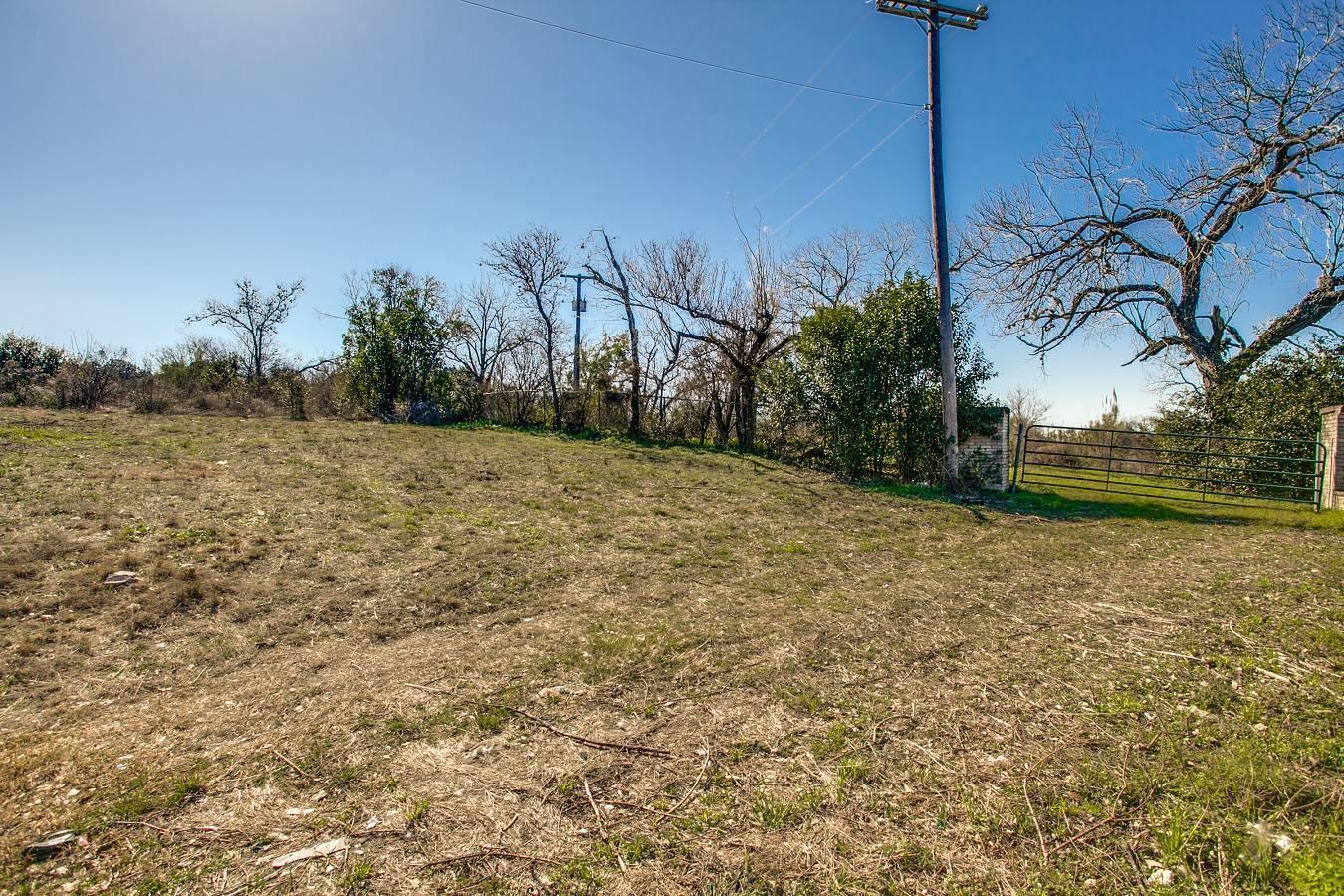 2259  Bandera Rd , San Antonio, TX - USA (photo 2)