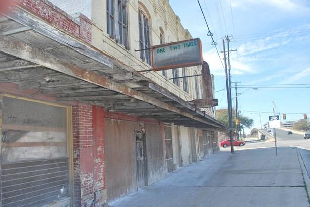 830 W. Commerce , San Antonio, TX - USA (photo 5)