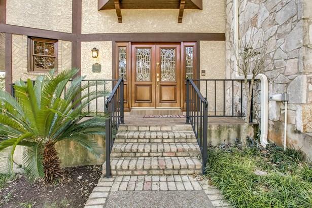 302  Bluffcove , San Antonio, TX - USA (photo 2)