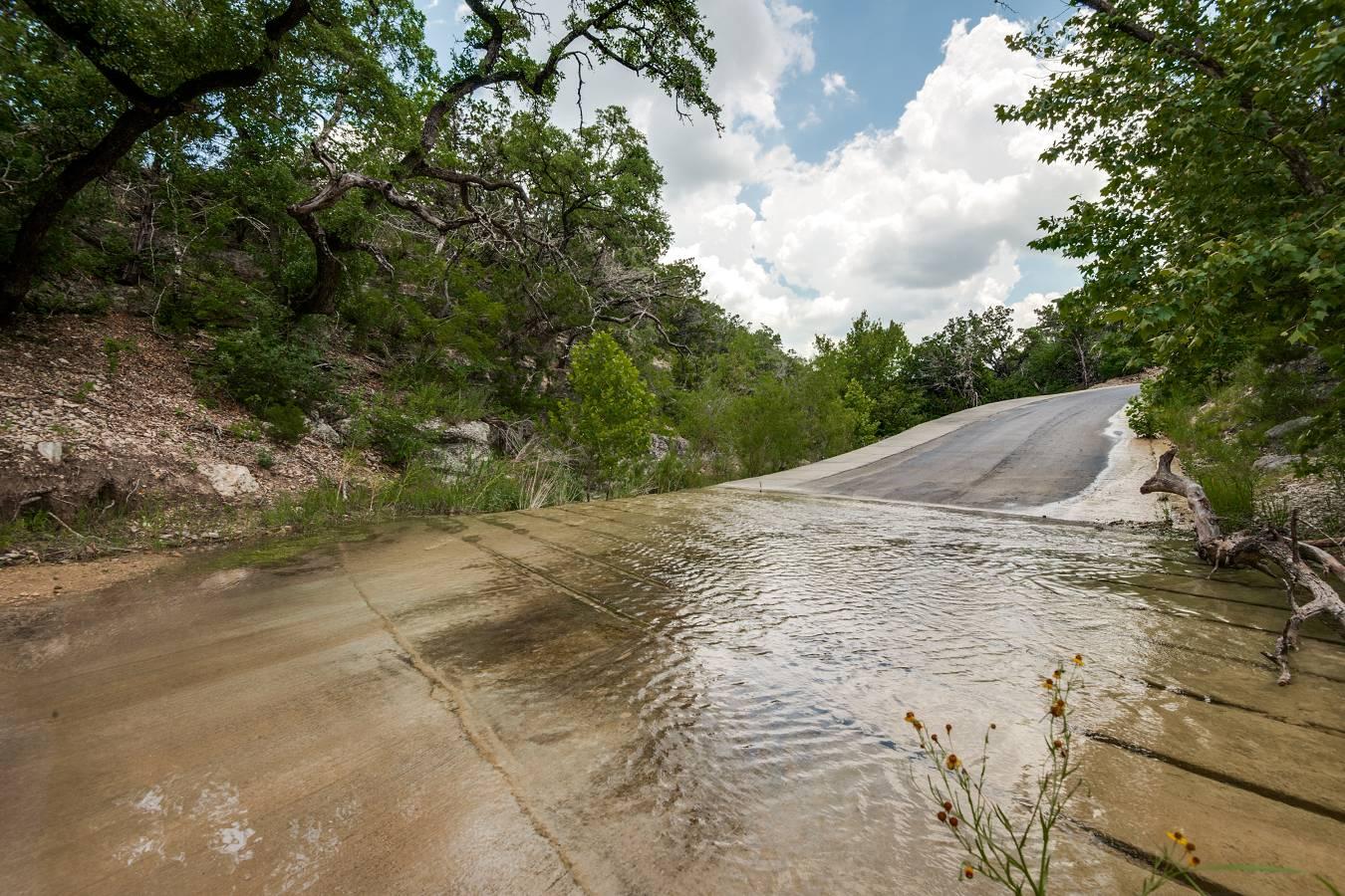 25115  Clearwater Creek , San Antonio, TX - USA (photo 5)