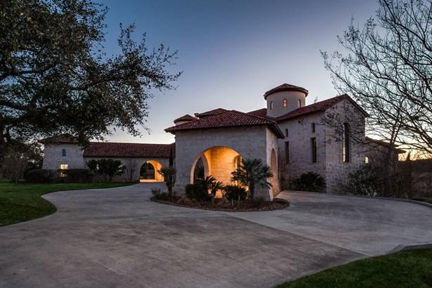 13518  Sendera Ct. , San Antonio, TX - USA (photo 2)