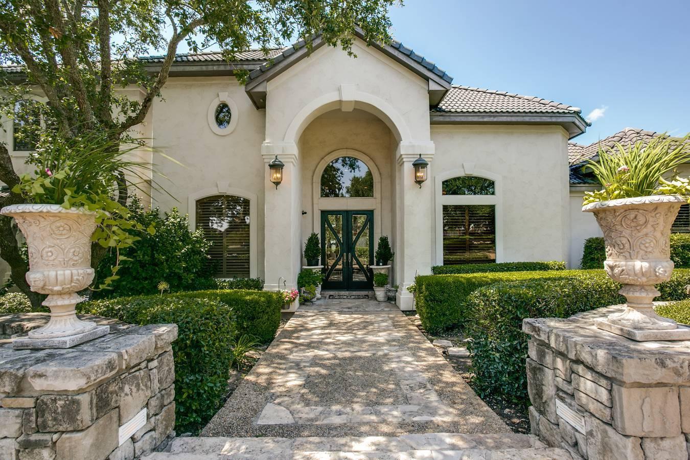 1411   Greystone Rdg , San Antonio, TX - USA (photo 2)