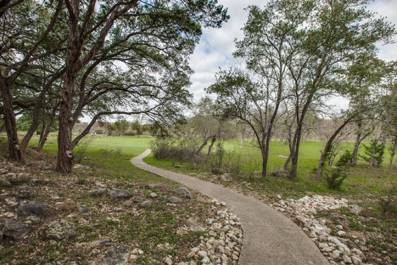 277   Fossil Hills Loop , Spring Branch, TX - USA (photo 3)