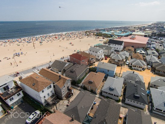 243 Boardwalk, Point Pleasant Beach, NJ - USA (photo 1)