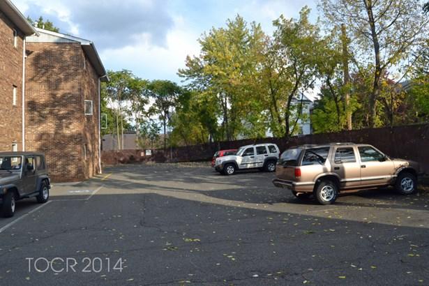 16 Elm Street, #6. #6, Bergenfield, NJ - USA (photo 2)