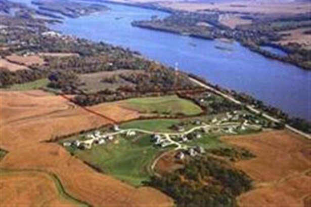 5 Great River Road, Le Claire, IA - USA (photo 1)