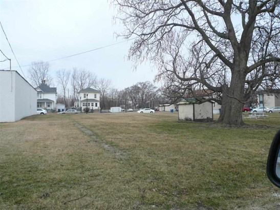 319 4th St W, Milan, IL - USA (photo 2)