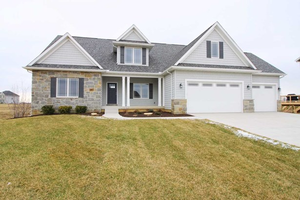 5883 Justin Court, Bettendorf, IA - USA (photo 1)