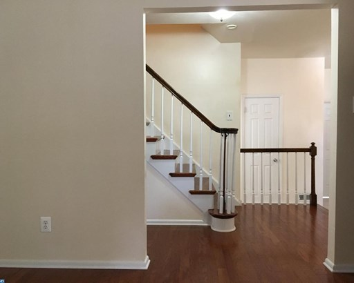 Colonial, 2-Story,Detached - CHERRY HILL, NJ (photo 5)