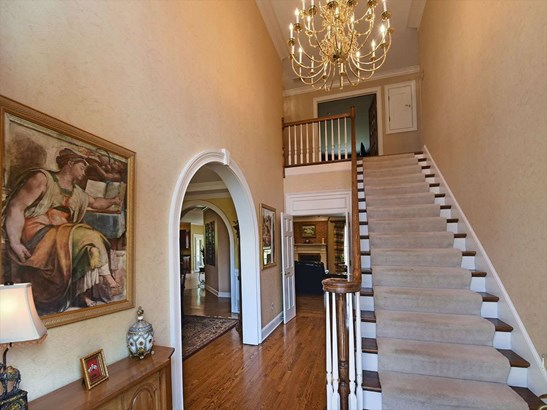 Detached Single Family, Traditional,Colonial - Memphis, TN (photo 3)