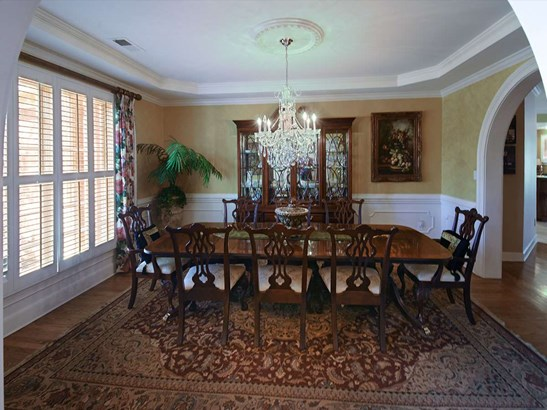 Detached Single Family, Traditional,Colonial - Memphis, TN (photo 5)