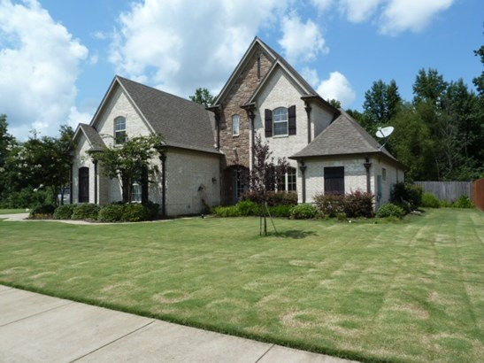 Detached Single Family, Traditional,French - Oakland, TN (photo 2)