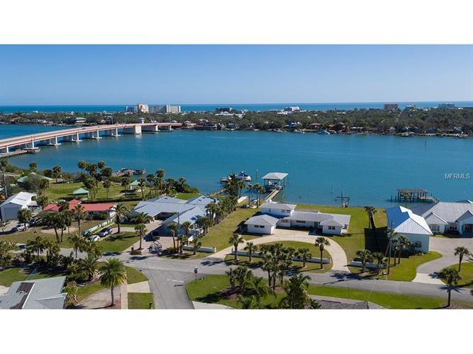 472 Desoto Dr, New Smyrna Beach, FL - USA (photo 1)