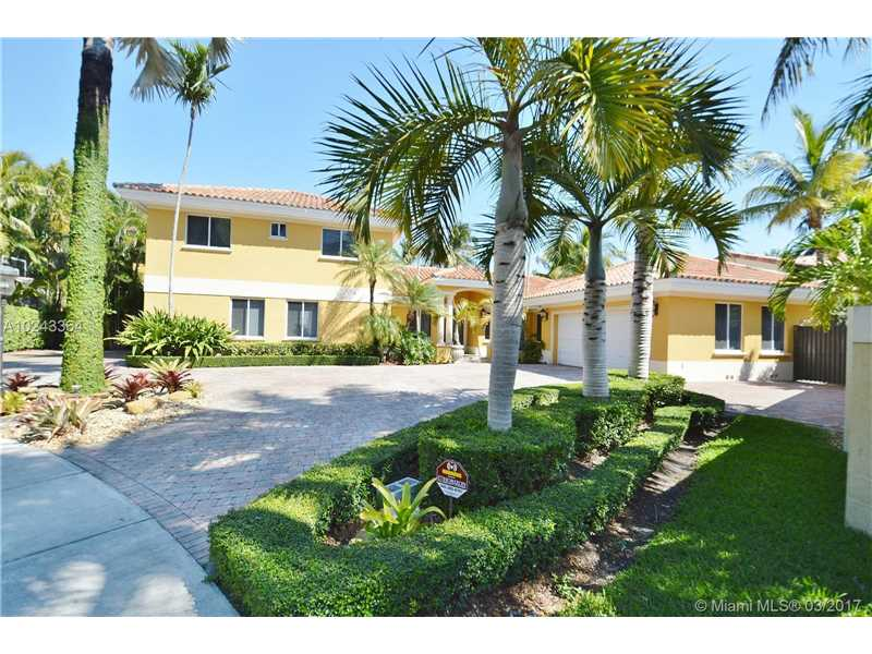 Single-Family Home - Miami Lakes, FL (photo 4)
