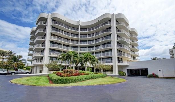 Condo/Townhouse - Palm Beach, FL (photo 1)