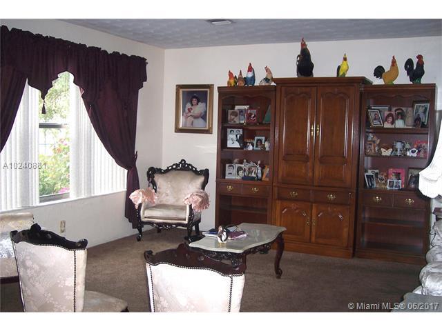 Single-Family Home - Hollywood, FL (photo 5)
