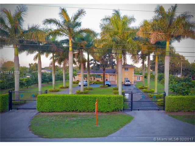 Single-Family Home - Homestead, FL (photo 2)