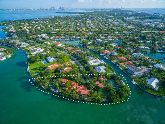 Single-Family Home - Key Biscayne, FL (photo 1)