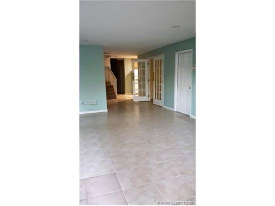 Single-Family Home - Deerfield Beach, FL (photo 5)