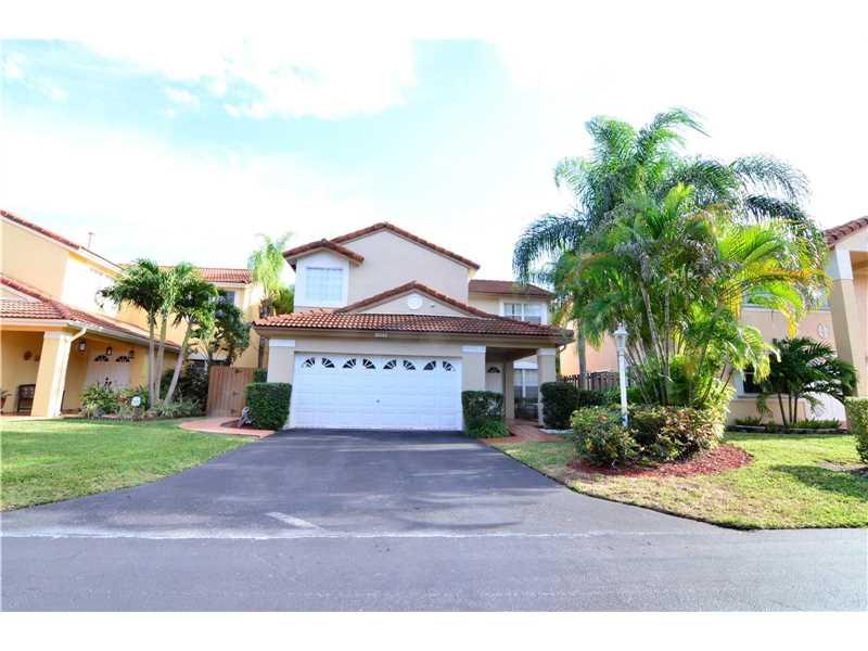 Single-Family Home - Miami, FL (photo 1)