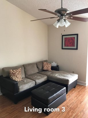 Rental - West Palm Beach, FL (photo 4)