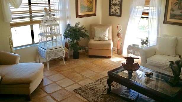 Single-Family Home - Fort Pierce, FL (photo 5)