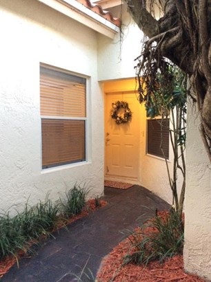 Condo/Townhouse - Boca Raton, FL (photo 4)