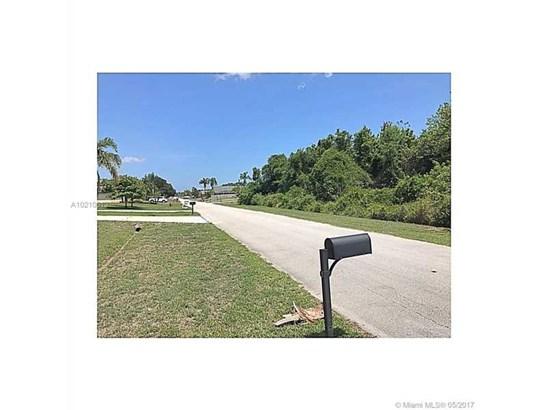 Single-Family Home - Port St. Lucie, FL (photo 4)