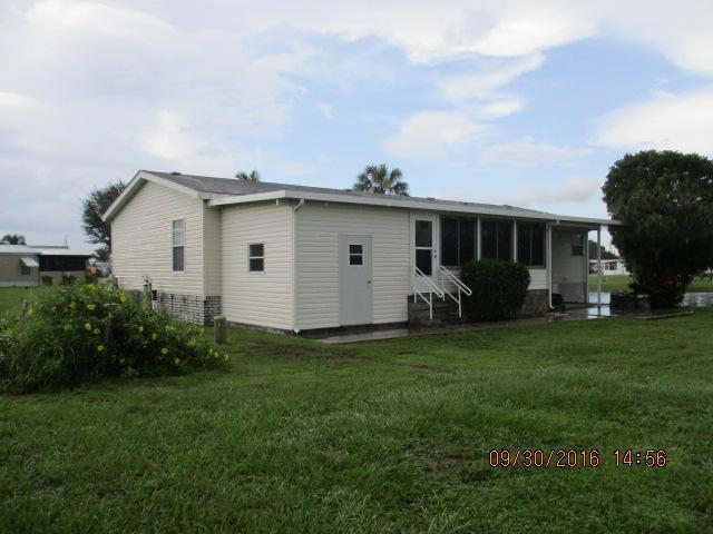 Single-Family Home - Riviera Beach, FL (photo 2)