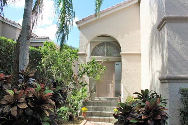 Single-Family Home - West Palm Beach, FL (photo 2)
