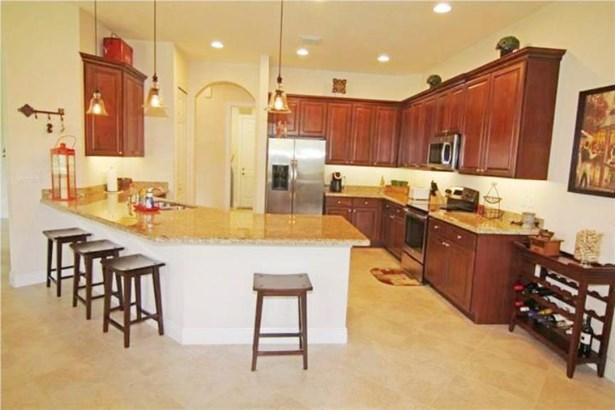 Single-Family Home - Jensen Beach, FL (photo 1)