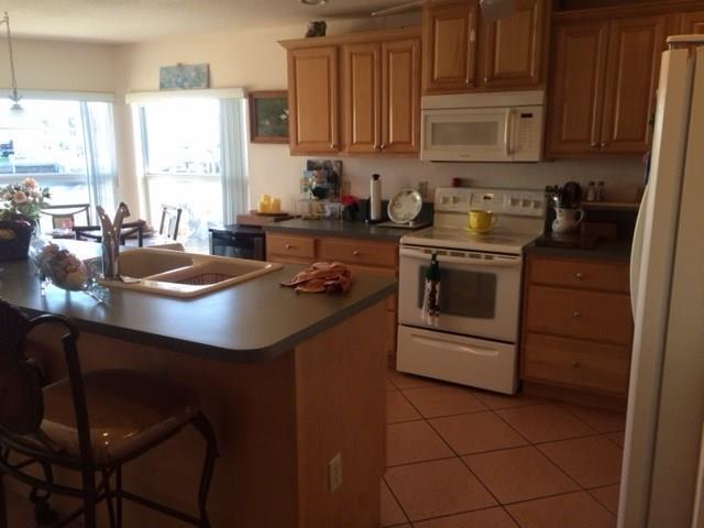 Single-Family Home - Jensen Beach, FL (photo 5)