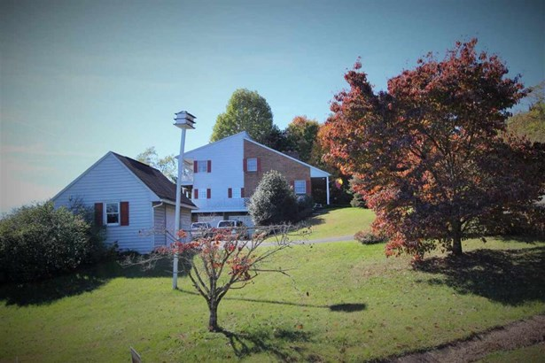 224 Valley View Ave, Mount Sidney, VA - USA (photo 5)