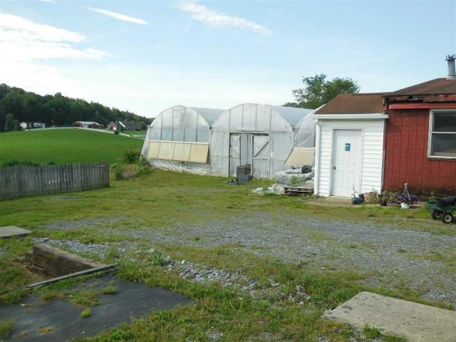 8089 Greenhouse Rd, Weyers Cave, VA - USA (photo 3)