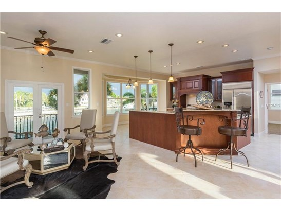 Single Family Home, Other - ST PETERSBURG, FL (photo 5)