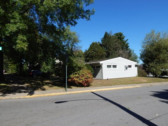 301 Susquehanna Ave, Selinsgrove, PA - USA (photo 5)