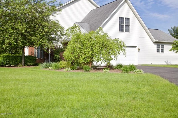 15 Sunnyside Dr, Lewisburg, PA - USA (photo 2)