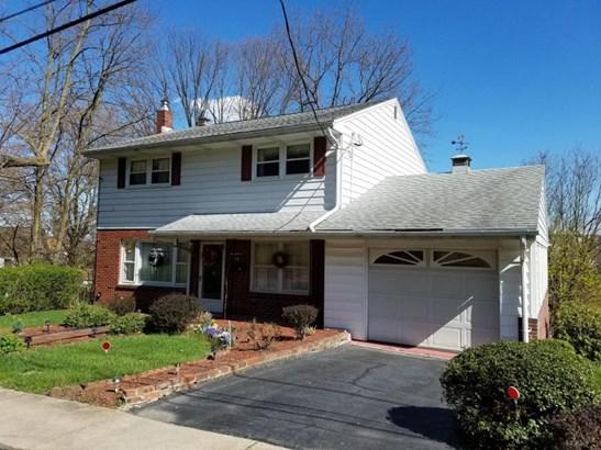 1720 Clinton Ave, Coal Township, PA - USA (photo 2)