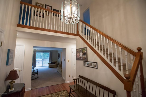 2-Story Entry (photo 2)